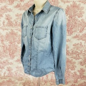 Mossimo Petite Shirt Size SP Pearl Snaps Chambray